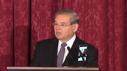 السيناتور روبرت منندز