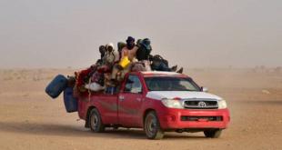 مهاجرو النيجر يقطعون الصحراء للهجرة